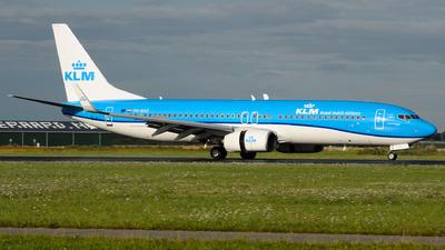 A picture of PHBXZ - Boeing 7378K2 - KLM - © Simon De Rudder