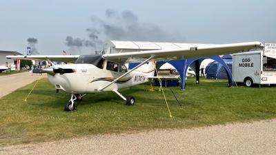 N174TH - Cessna 172S Skyhawk SP - Private