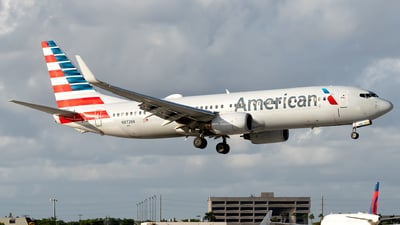 A picture of N872NN - Boeing 737823 - American Airlines - © Luis Bastardo