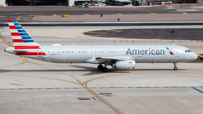 A picture of N521UW - Airbus A321231 - American Airlines - © John Marzo