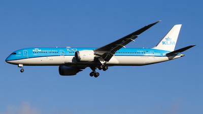 A picture of PHBHO - Boeing 7879 Dreamliner - KLM - © C. v. Grinsven