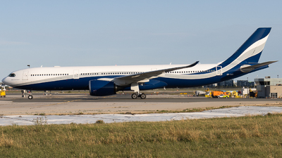 CS-TKY - Airbus A330-941 - Hifly