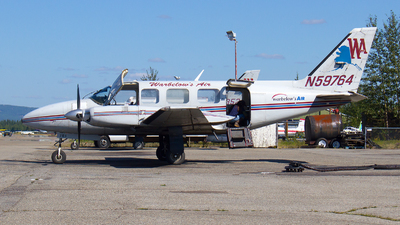 A picture of N59764 - Piper PA31350 - Warbelows Air Ventures - © Alex