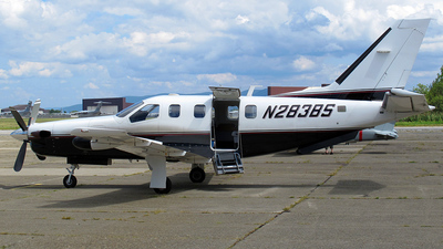 A picture of N283BS - Socata TBM700 - [16] - © Dave Lu