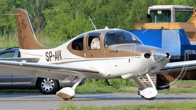 SP-AVK - Cirrus SR22-GTS Turbo - Private