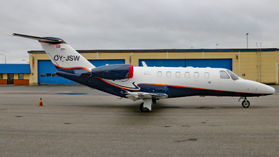 OY-JSW - Cessna 525A CitationJet 2 - Flexflight