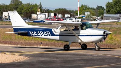 A picture of N4464R - Cessna 172M Skyhawk - [17263206] - © CJMoeser