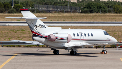 G-XSMC - Raytheon Hawker 800XP - Private