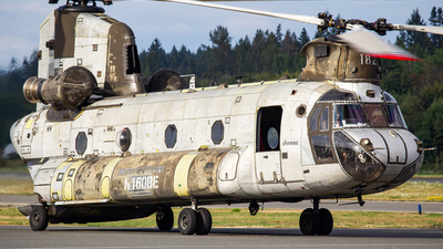 N160BE - Boeing CH-47D Chinook - Unical Aviation