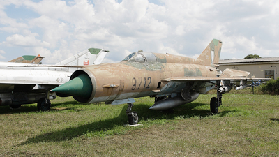 9712 - Mikoyan-Gurevich MiG-21MF Fishbed J - Slovakia - Air Force