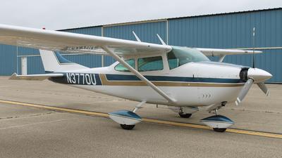 A picture of N3770U - Cessna 182G Skylane - [18255170] - © Chris Petersen
