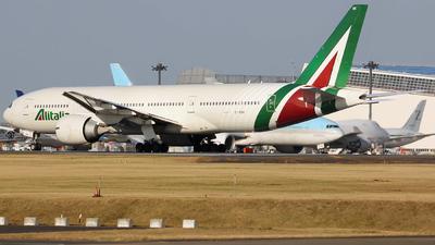 EI-DBK - Boeing 777-243(ER) - Alitalia