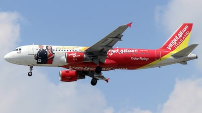 A picture of HSVKE - Airbus A320214 - VietJet Air - © Long Thanh Nguyen