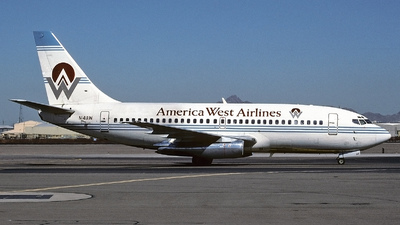 N141AW - Boeing 737-2M8(Adv) - America West Airlines