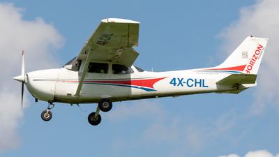 A picture of 4XCHL - Cessna 172P Skyhawk - [17275500] - © yonatan alh.