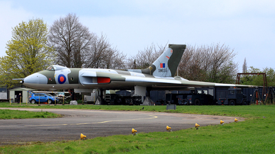 XM655 - Avro 698 Vulcan B.2 - United Kingdom - Royal Air Force (RAF)