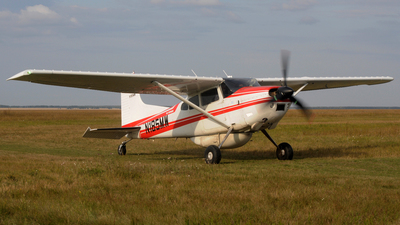 N185MW - Cessna 185E Skywagon - Private
