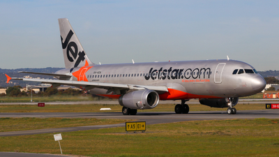 A picture of VHVGA - Airbus A320232 - Jetstar Airways - © ZRY246