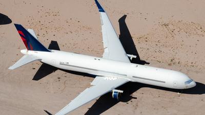N1613B - Boeing 767-332(ER) - Untitled