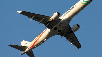A picture of B3241 - Embraer E190LR - Colorful GuiZhou Airlines - © Jensen Han