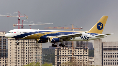 EI-EWT - Boeing 757-28A - I-Fly Airlines