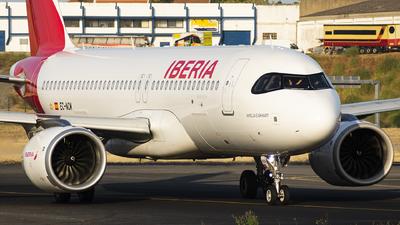 A picture of ECNCM - Airbus A320251N - Iberia - © KonradWyszynski
