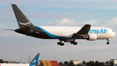 N1229A - Boeing 767-306(ER)(BDSF) - Amazon Prime Air