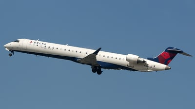 N814SK - Bombardier CRJ-900ER - Delta Connection (SkyWest Airlines)