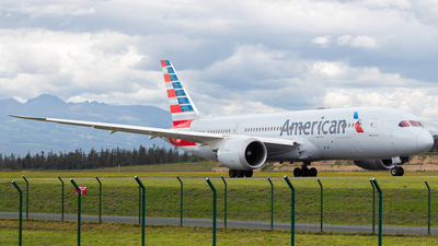 A picture of N803AL - Boeing 7878 Dreamliner - American Airlines - © Martin Blanco C