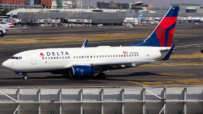 N301DQ - Boeing 737-732 - Delta Air Lines