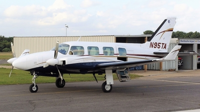 A picture of N95TA - Piper PA31310 - [317300971] - © Glyn Charles Jones