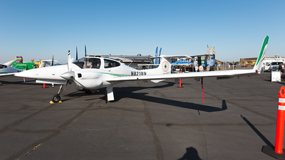 A picture of N821BR - Diamond DA42NG Twin Star - [42.NC008] - © Bruce Leibowitz