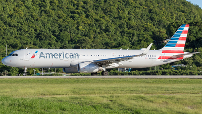 A picture of N928AM - Airbus A321231 - American Airlines - © Martin Rogosz