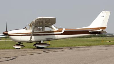 N1701 - Cessna 172F Skyhawk - Private
