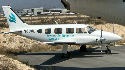 N800L - Piper PA-31-300 Navajo - Aztec Alliance Cargo