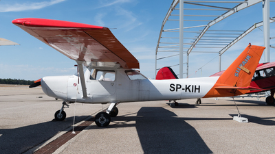 SP-KIH - Reims-Cessna F152 - Silvair