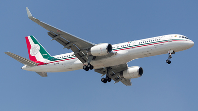 TP-02 - Boeing 757-225 - Mexico - Air Force