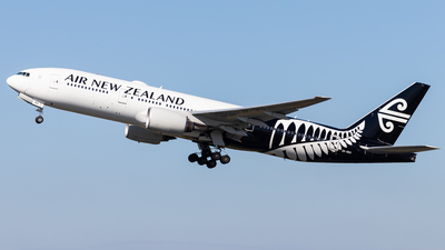 ZK-OKG - Boeing 777-219(ER) - Air New Zealand