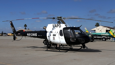 N913WB - Aérospatiale AS 350B2 Ecureuil - United States - Los Angeles Police Department (LAPD)