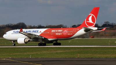 A picture of TCJIZ - Airbus A330223 - Turkish Airlines - © Darius Swoboda