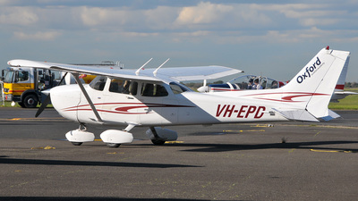 VH-EPD - Cessna 172S Skyhawk SP - Oxford Aviation Academy (Australia)