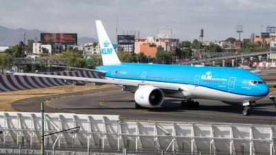 PH-BQG - Boeing 777-206(ER) - KLM Royal Dutch Airlines
