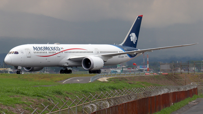 A picture of XAADH - Boeing 7879 Dreamliner - Aeromexico - © Kenneth Mora Flores KMF777