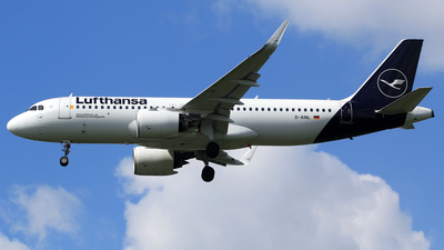 A picture of DAINL - Airbus A320271N - Lufthansa - © M. Raykahn Ariga