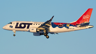 SP-LDF - Embraer 170-100LR - LOT Polish Airlines