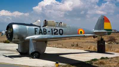 FAB-120 - Curtiss-Wright CW-19R - Bolivia - Air Force