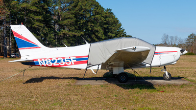 N8235F - Piper PA-28-160 Cherokee - Private