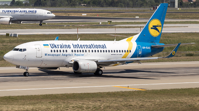 UR-GAS - Boeing 737-528 - Ukraine International Airlines