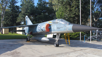 101 - Dassault Mirage F1CG - Greece - Air Force