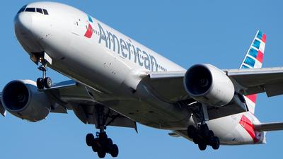 N752AN - Boeing 777-223(ER) - American Airlines